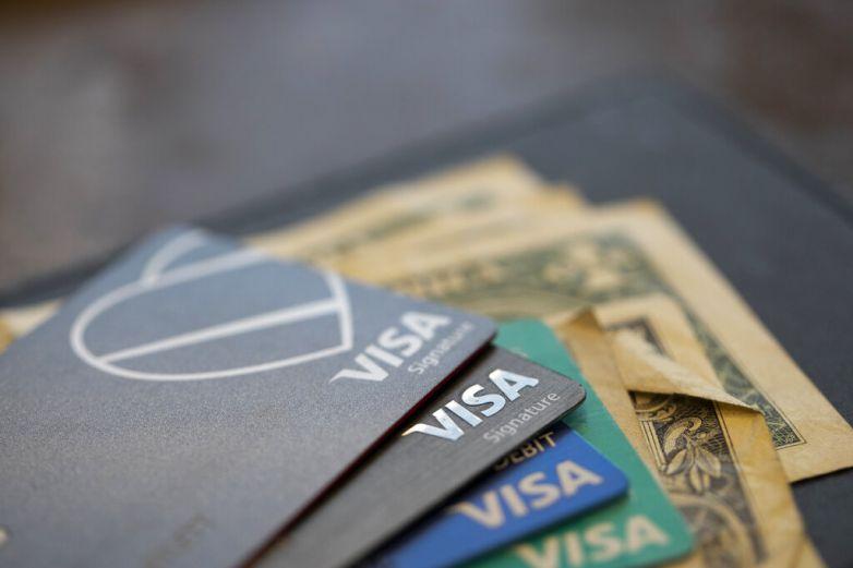 Aumenta uso de tarjeta de crédito en octubre en EU