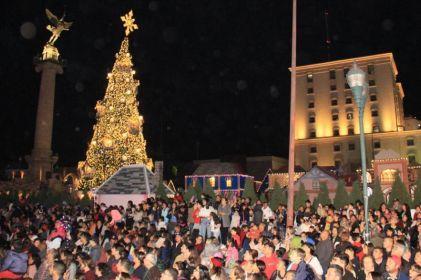 'Encienden' la Navidad en Chihuahua