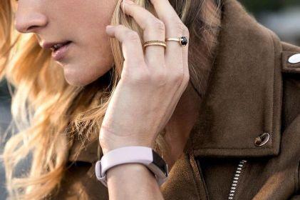 """Mujer descubre infidelidad de su novio por """"rara actividad"""" de un dispositivo"""