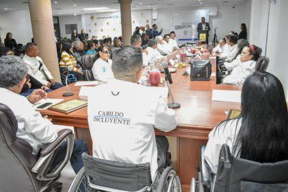Proponen en Cabildo mejoras a la ciudad para personas con discapacidad