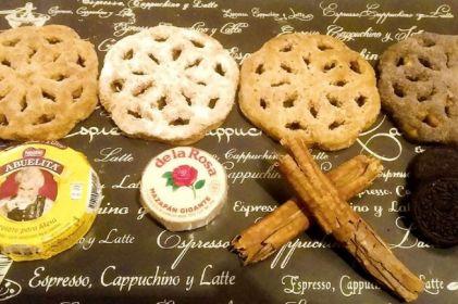 Innova juarense con buñuelos de mazapán, capuccino y Oreo
