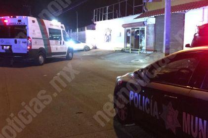 Policías atropellan a peatón en colonia Villa Juárez