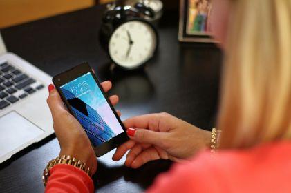 Mujeres juarenses se desahogan y buscan soluciones en redes