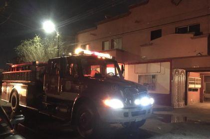 Colchón en llamas moviliza a bomberos en la Melchor Ocampo
