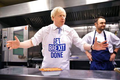 Líderes británicos cierran la campaña apelando a indecisos