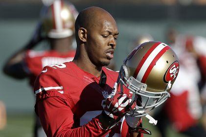 Acusan a 10 exjugadores de NFL de fraude