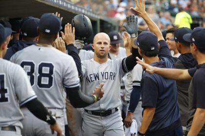 Gardner acuerda con Yankees por un año