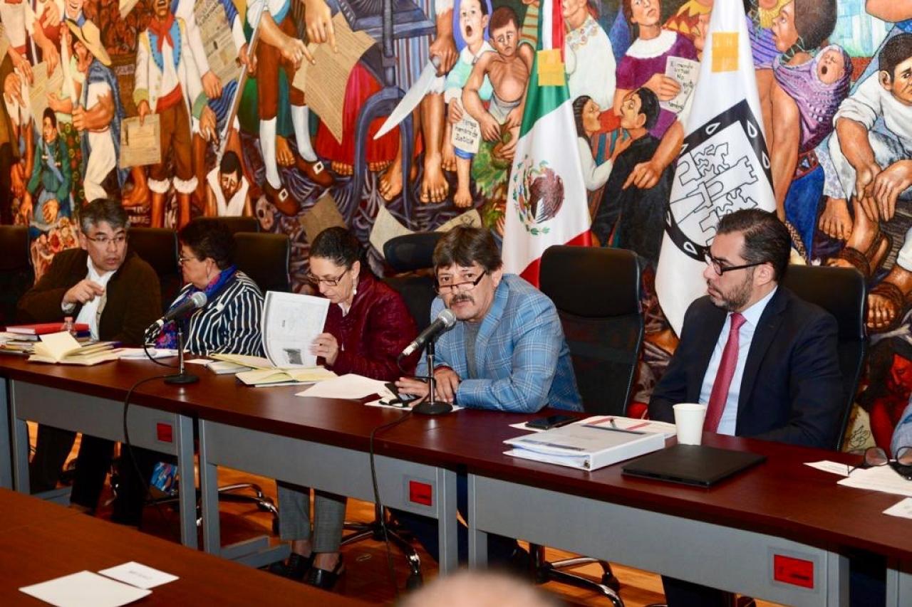 Diputado denunciará a 2 alcaldes por falta de transparencia