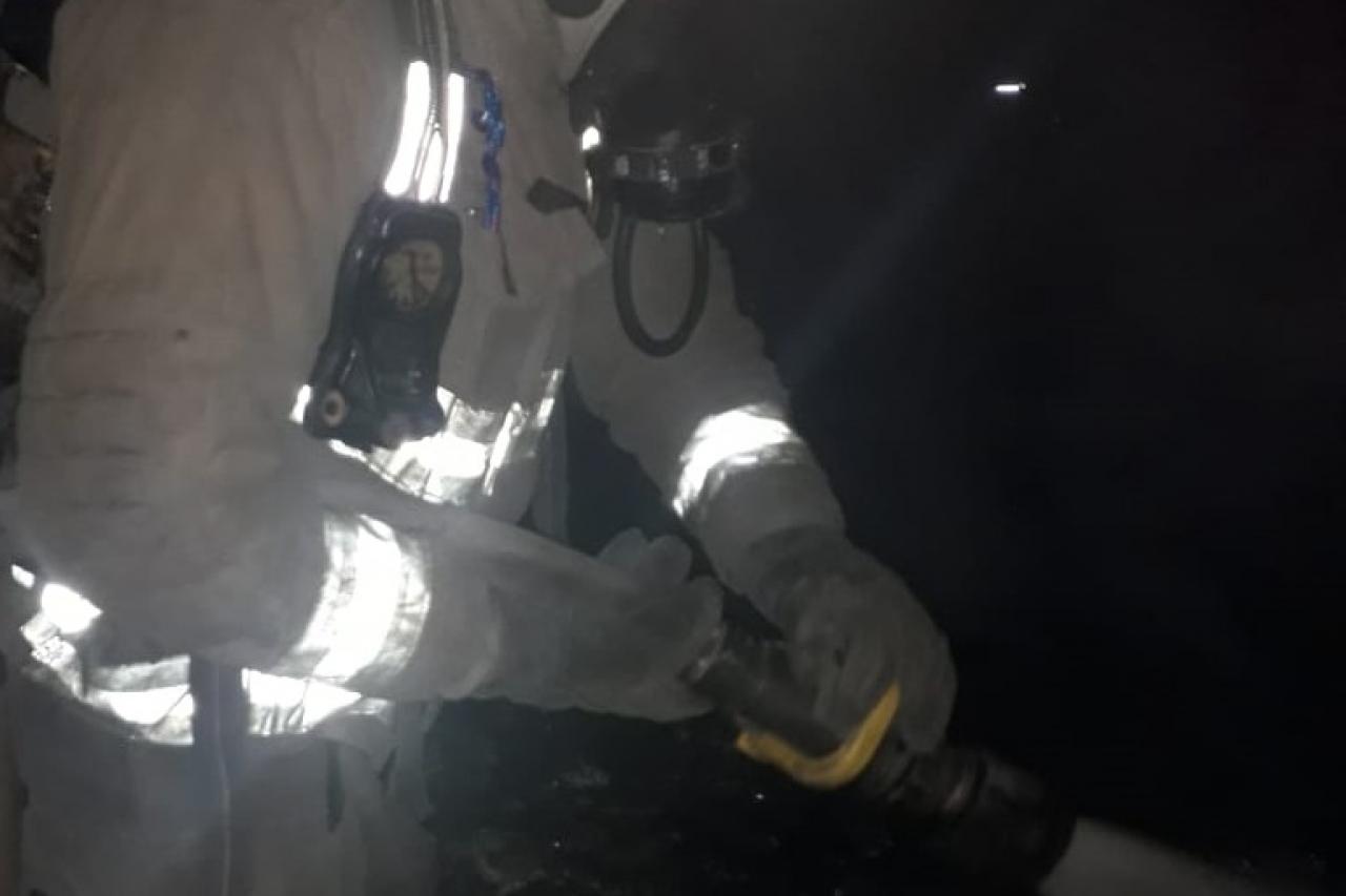 Sofocan incendio en primaria al suroriente de la ciudad