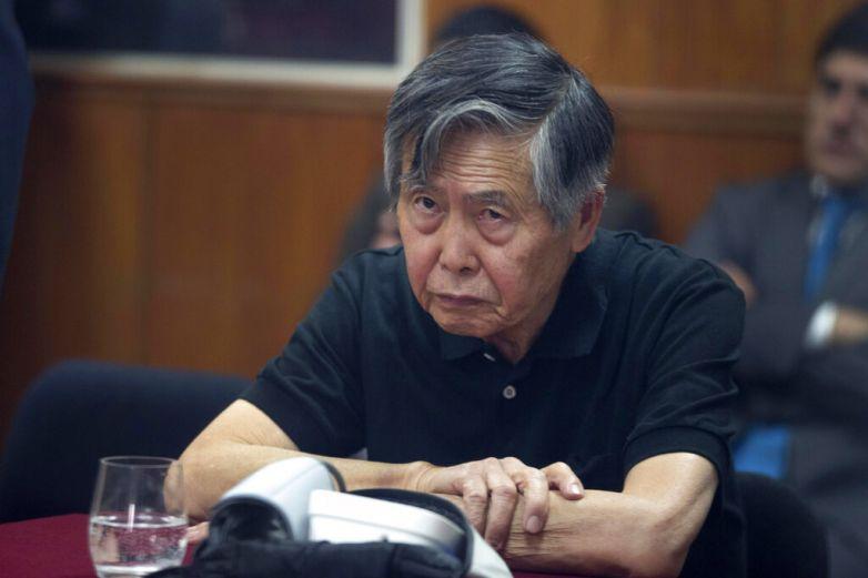Fujimori será juzgado por asesinatos de 6 campesinos