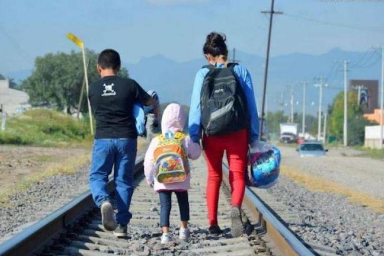 Se duplica número de niños que viajan solos de México a EU