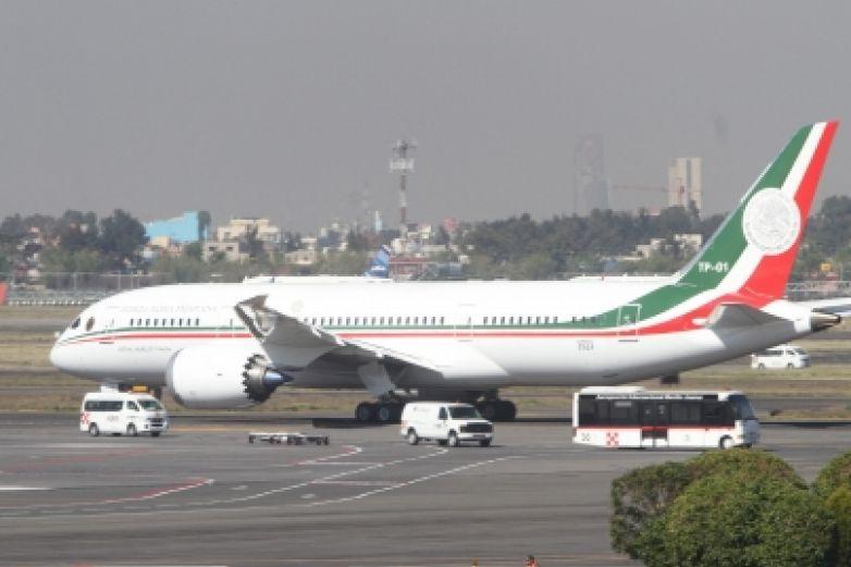 Monreal respalda rifa de avión presidencial
