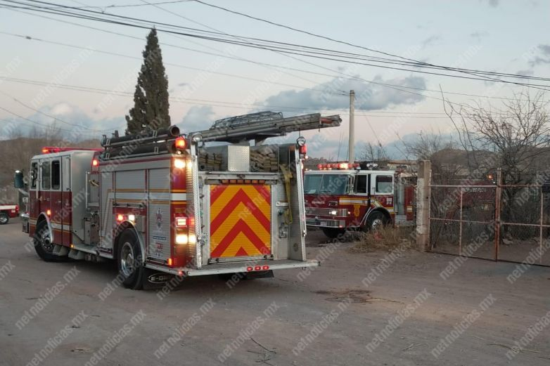 Incendio deja daños materiales en casa de la Nueva Triunfo