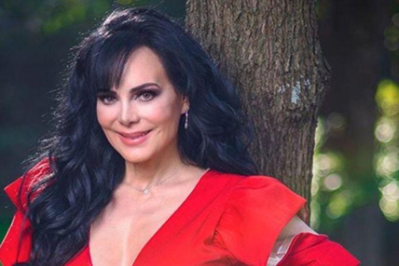 Maribel Guardia responde a 'hater' que se burló de ella por su edad
