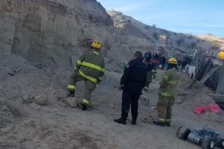 Derrumbe de cerro deja a niño de 3 años atrapado