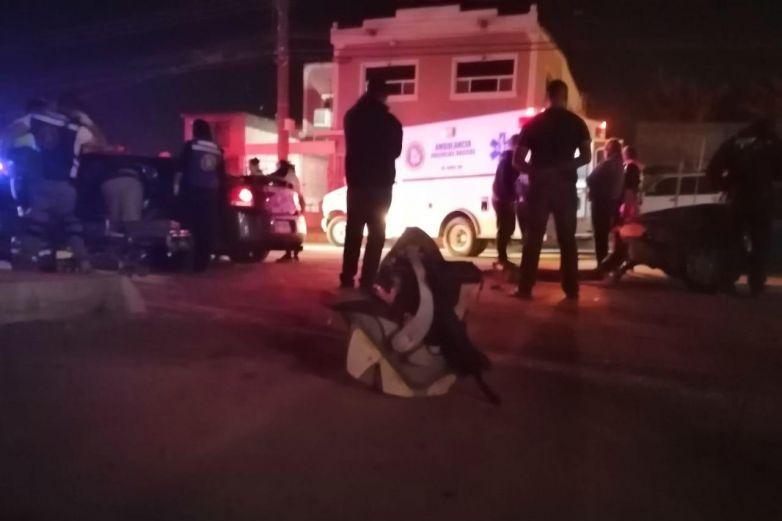 Madre e hijo resultan lesionados tras choque