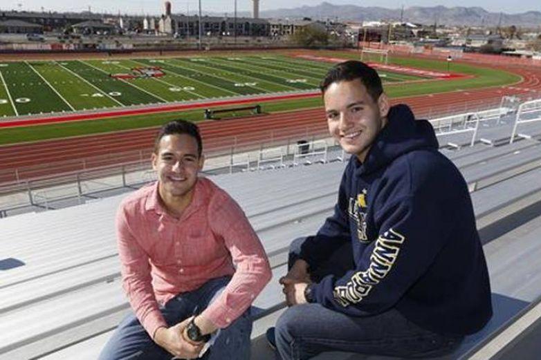 Gemelos de El Paso se integran a la Academia Naval y West Point