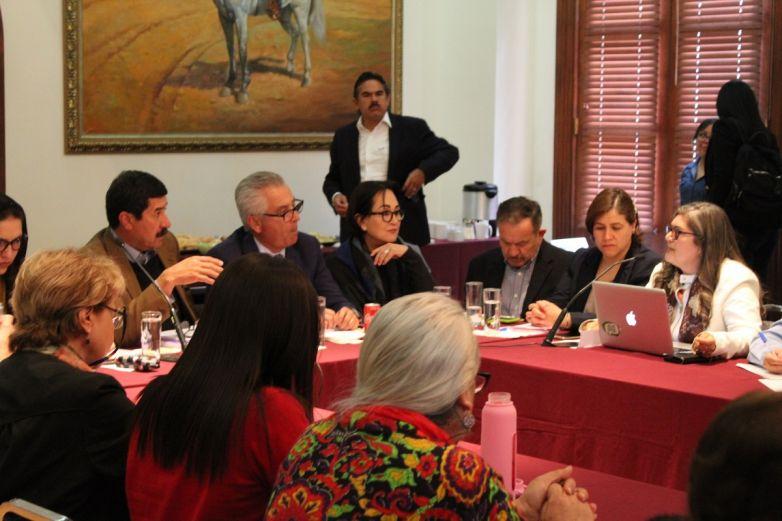 Acuerdan Estado y Movimiento de Mujeres reforzar estrategias de prevención