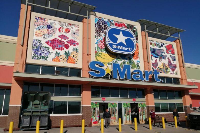 Restringen entrada a familias en S-Mart