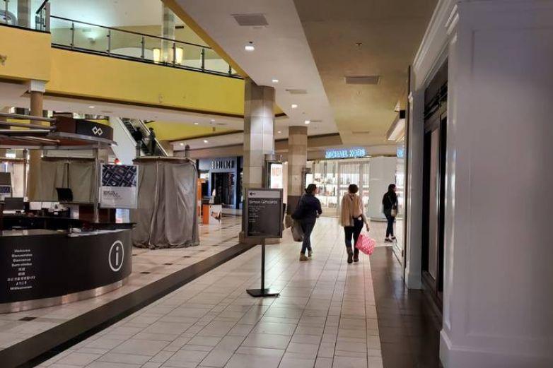 Reabrirán áreas de comida en malls de El Paso
