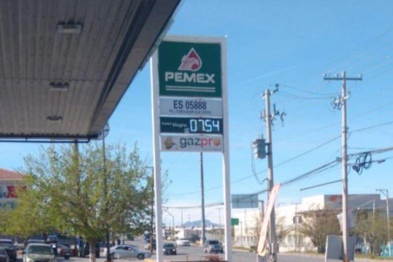 Cae precio de la gasolina por segunda vez en el día ¡7.54!