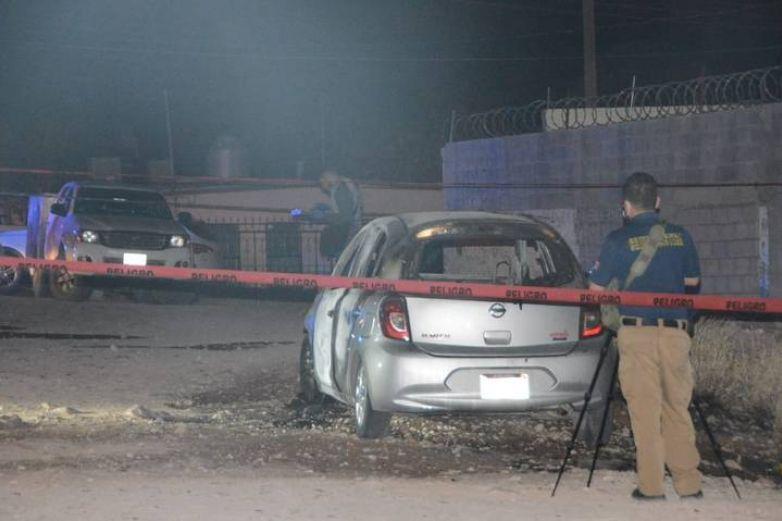 Calcinan a tres personas dentro de auto en Chihuahua