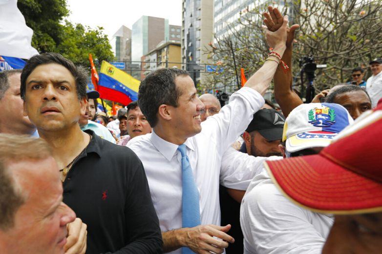 Desmiente Francia que Guaidó esté refugiado en su embajada