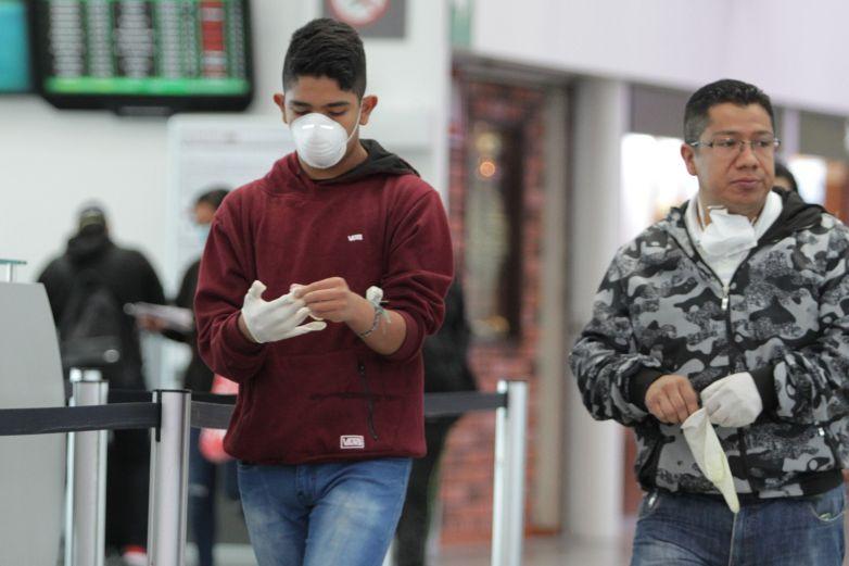 Médicos especializados atenderán a enfermos de Covid-19