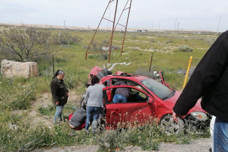 Dos lesionados por choque en carrera Juárez-Chihuahua