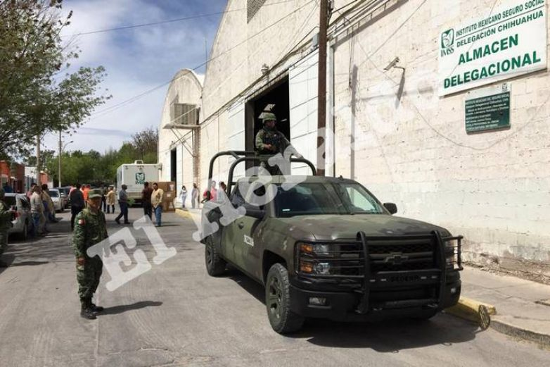 Resguardan militares bodega con materiales para atender Covid-19
