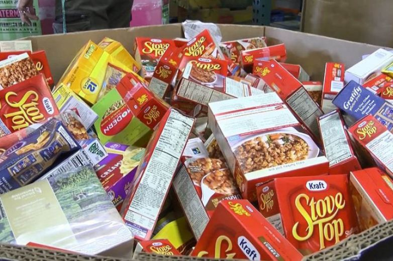 Ofrecen comida gratis a residentes de El Paso