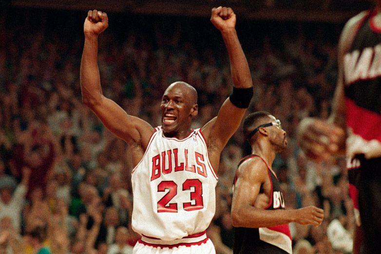 Dona Michael Jordan 100 mdd contra el racismo