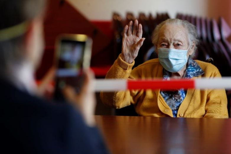 Mueren 26 mil ancianos en asilos por Covid-19 en EU