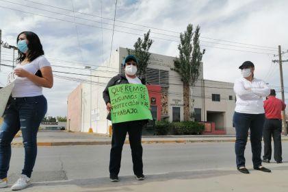 Protestan enfermeros del Imss por la falta de insumos