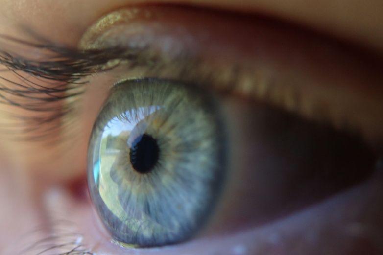 Estudio de fondo de ojo puede prevenir eventos arteriales en pacientes Covid