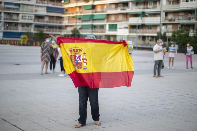 Autorizan a Liga española reanudar torneo en junio