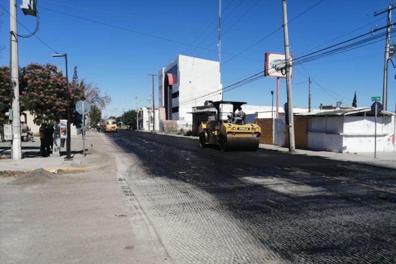 Avanza repavimentación en avenida Vicente Guerrero