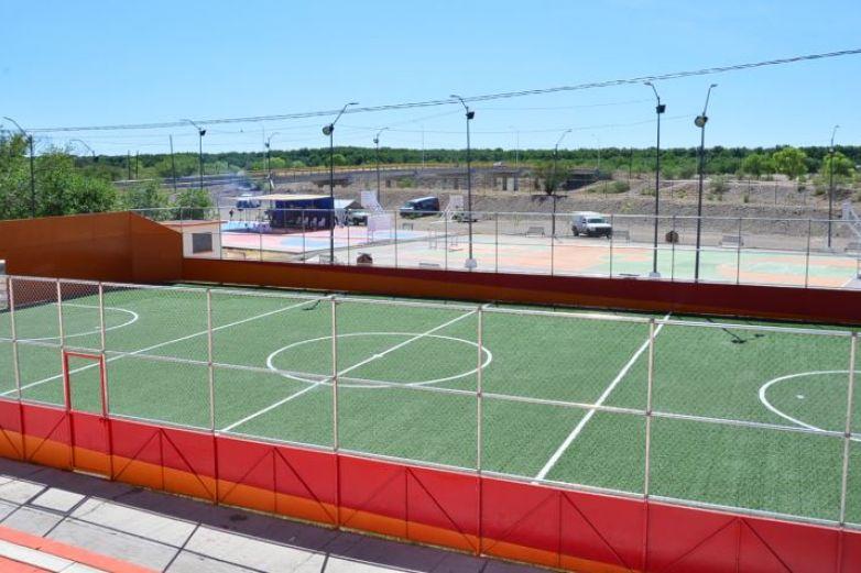 Inaugura Corral rehabilitación del parque Morelos en Jiménez