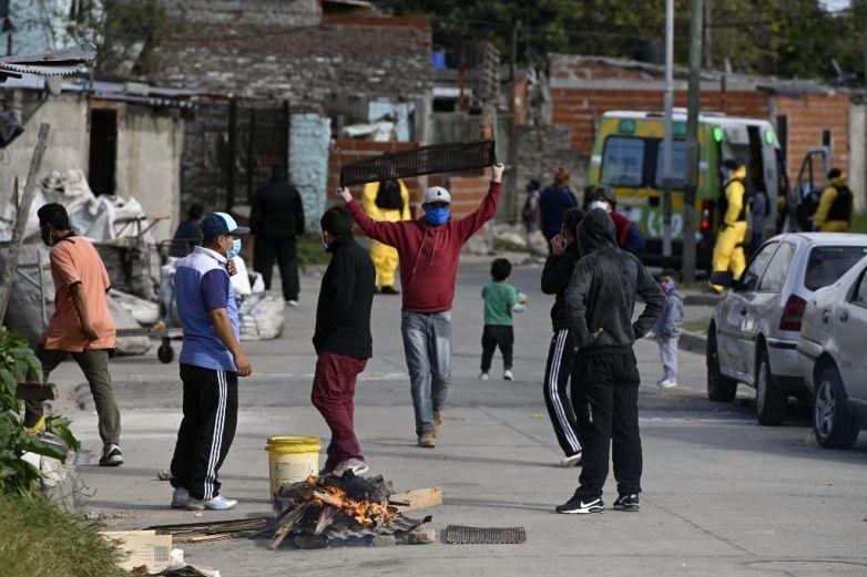 Primera protesta contra el confinamiento en Argentina