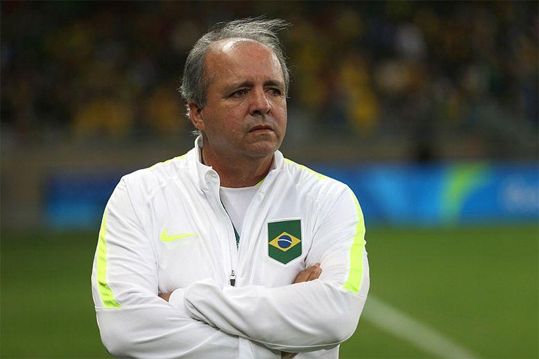 Muere exentrenador de la selección femenina de futbol de Brasil