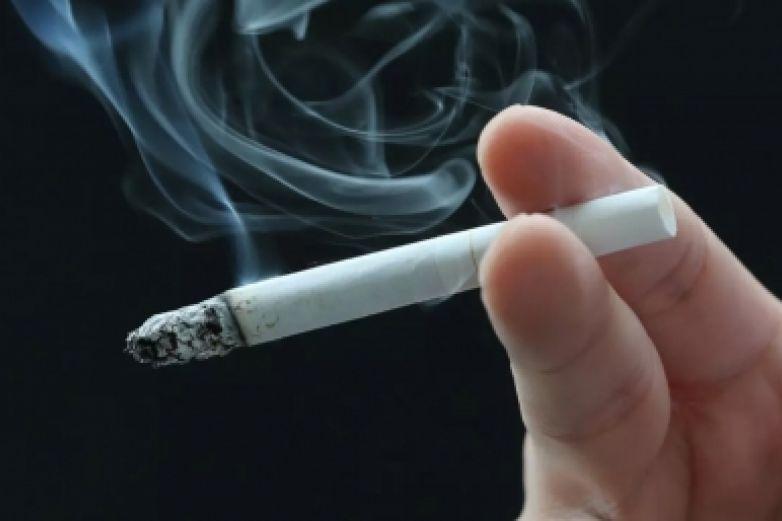 ¿Por qué fumar causa mayores complicaciones ante infección de Covid-19?