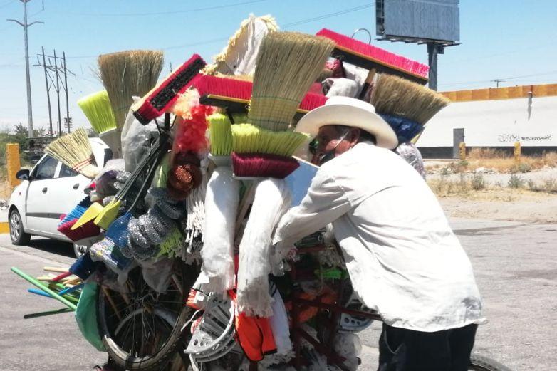 30 años ayudando con la limpieza de los hogares fronterizos