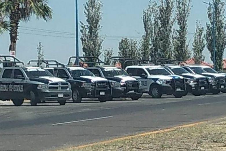 Custodia Policía Estatal caseta de cobro en Saucillo