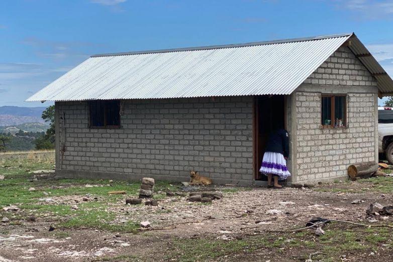 Avanza construcción de casas para familias vulnerables en Guadalupe y Calvo
