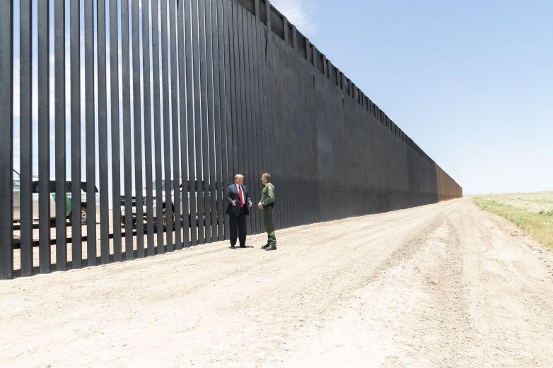 Trump construirá 'muro virtual' en frontera de EU con México