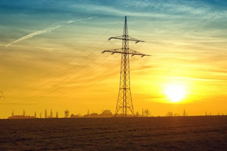 Frenan aumento en tarifas de energía renovable en México
