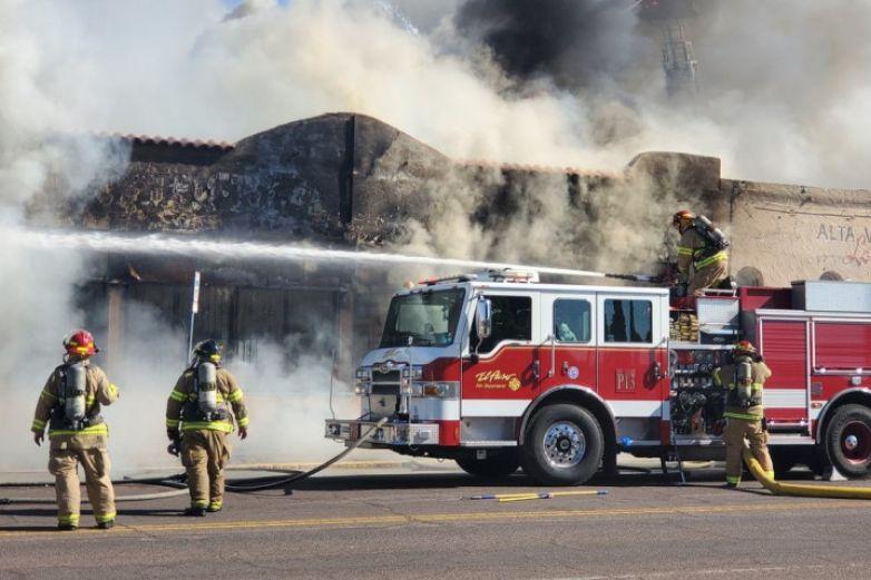Reportan incendio en área central en El Paso