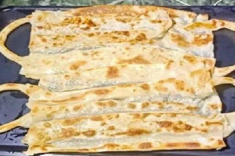 Pan en forma de cubrebocas se vuelve sensación en redes