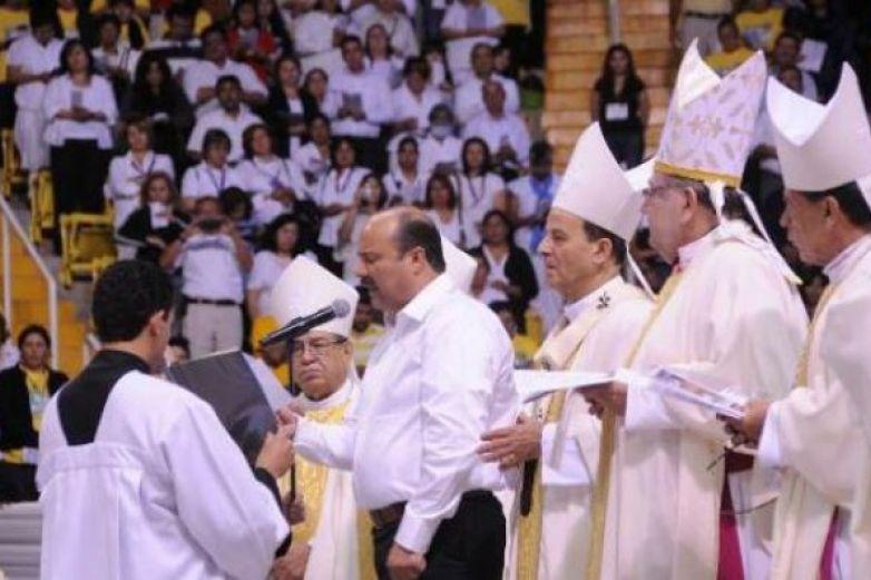 Sale Arquidiócesis de Chihuahua a la defensa de Duarte