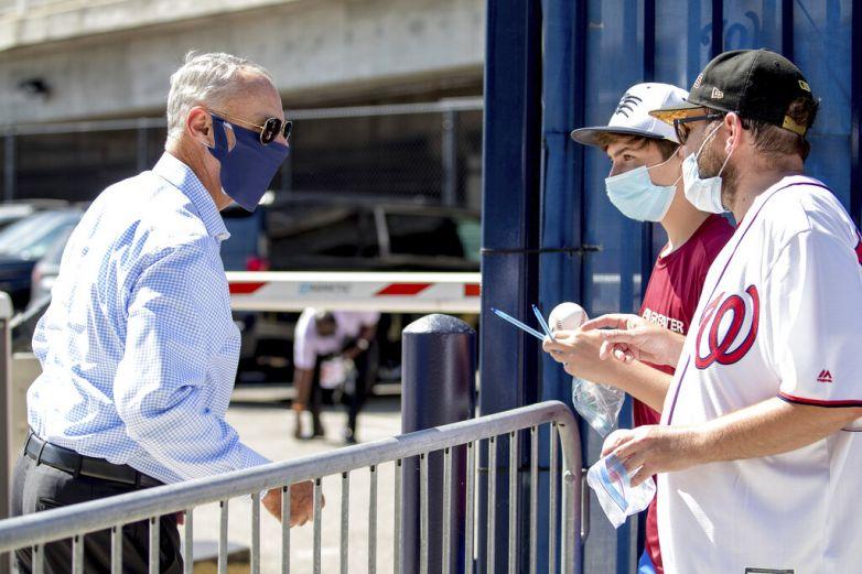 Manfred confía en completar campaña pese a coronavirus